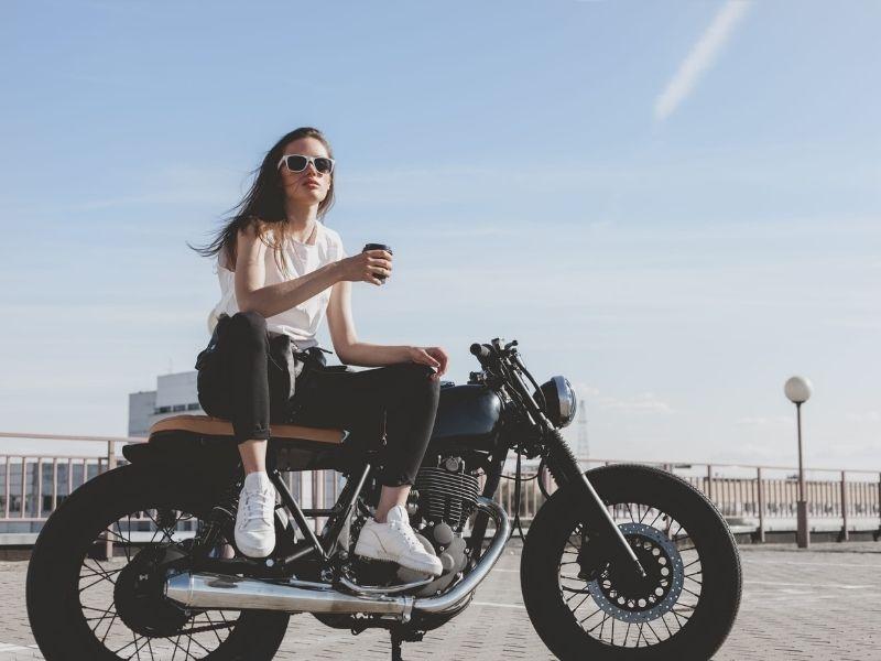 Vyplatí se sezónní pojištění na motorku?